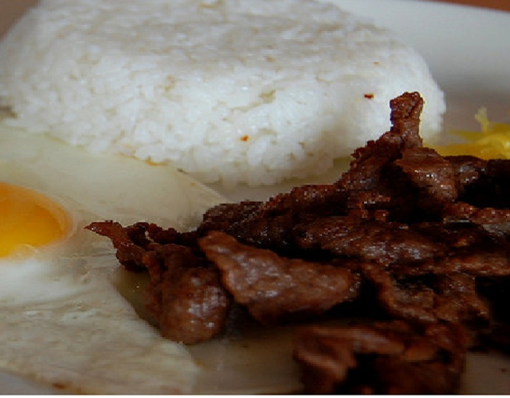 Tapsilog Filipino Recipe